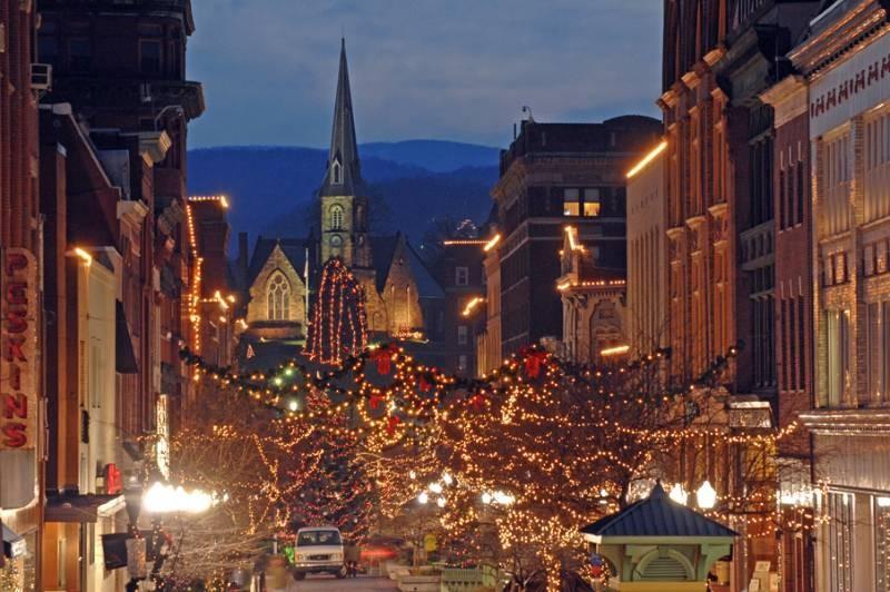 Cumberland Lights